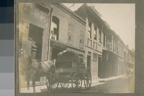 [Unidentified alley, Chinatown. Quong Lee Company Building.]