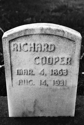Gravestone--Richard Cooper--(Mar 4, 1863 - Aug 14, 1931)