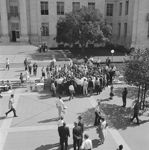 Jack Weinberg being arrested in front of Sproul Hall