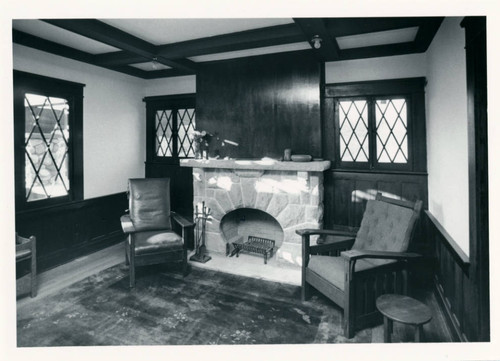 Grove House Living Room, Pitzer College