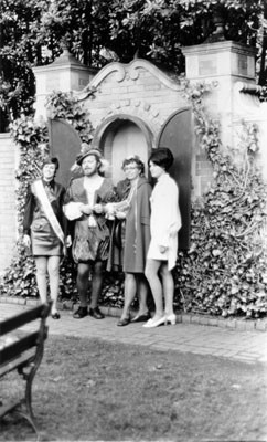 [M. P. Doss reception at Shakespeare Gardens in Golden Gate Park]