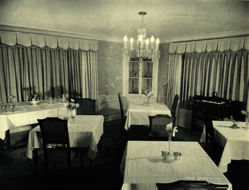 Campbell House, San Clemente, formal dining room