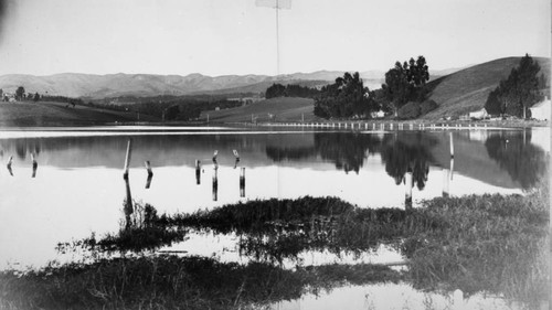 Lake Merritt and the Contra Costa Range, 1890s [picture]