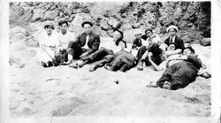 Karl Asman and a group of unidentified young men and women at Bodega Bay, about 1915