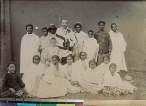 Missionary Edouard Beaudroit together with Malagasy men and women, Fianarantsoa, Madagascar, 1906-1909