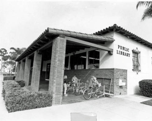 Front Entrance to the Chula Vista Public Library