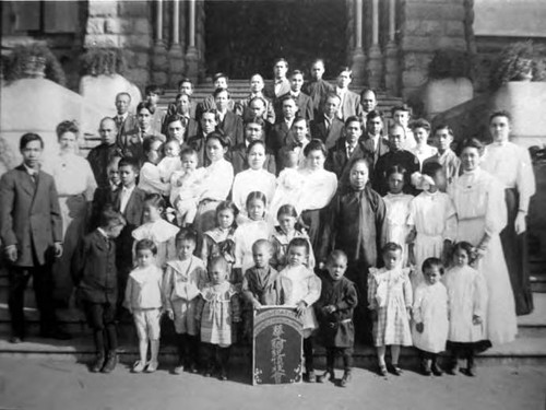 Lillie Louie, Congregational Church group in front of Los Angeles old courthouse. The baby is Miss Louie