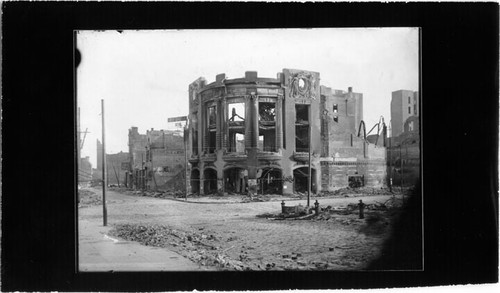 [Ruins of the Tivoli Opera House on the southwest corner of Eddy and Mason streets]