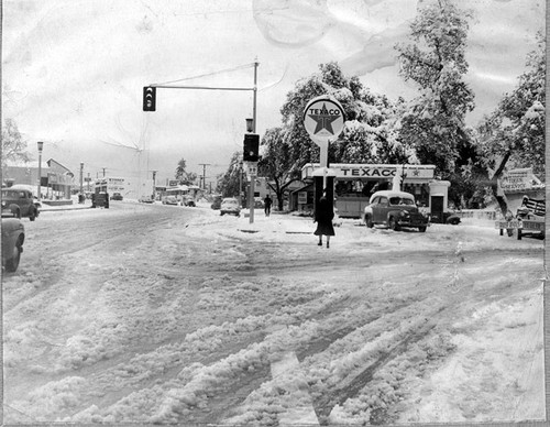Snow in Tujunga