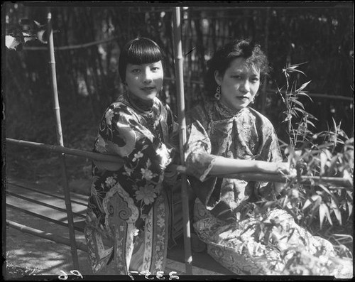 Rosemary Chew and Olive Young in the garden of the Otis Art Institute, Los Angeles, 1928