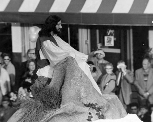"""Jesus Preaching the Sermon on the Mount"" - Bethlehem Star Parade"