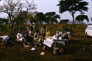Norwegian missionaries on picnic, the Duru falaise, Adamaoua, Cameroon, 1953-1968