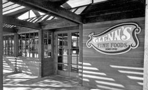 Front Entrance to Glenn's Market