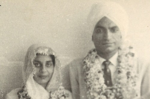 Wedding Picture of Veena Singh and her husband