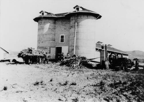 Southern California silos, Brant Ranch, 1913