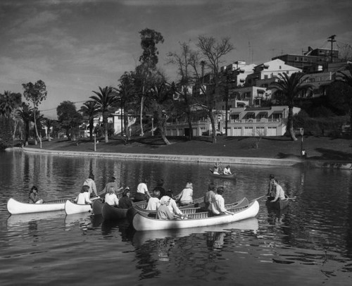 """Learn to canoe"" class at Echo Park lake"