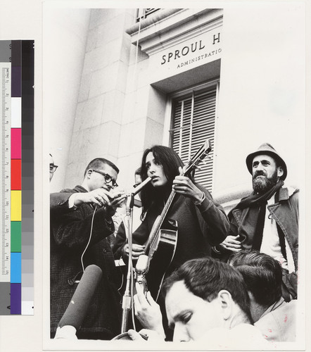 Joan Baez on Sproul Hall steps. Ira Sandperl on right