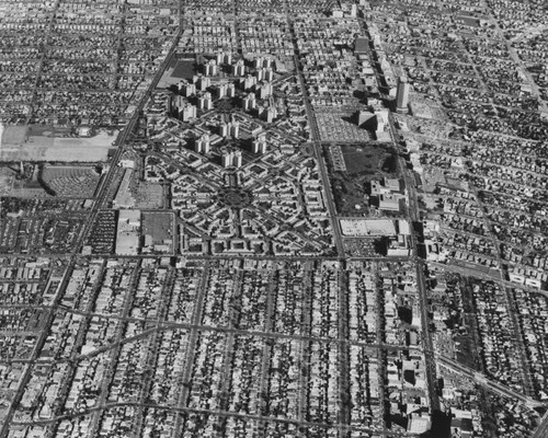 Park La Brea and Miracle Mile, aerial view