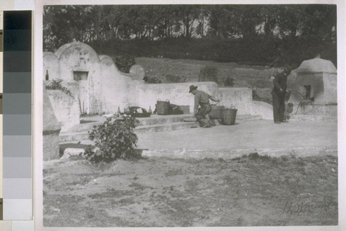 [Chinese Cemetery at Colma? Cf. 18:93. Photograph by L.J. Stellman.]