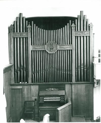 Organ at Grace Brethren Church