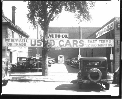 Automobile Industry and Trade - Stockton: Used car lot