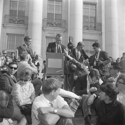 Allan Searcy, Vice-Chancellor of U.C. Berkeley speaks to the crowd in front of Sproul Hall