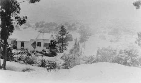 Snow, Park Moderne, Calabasas, January 1957