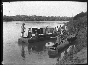 Landing stage on the Great Usutu, Mozambique, ca. 1901-1907