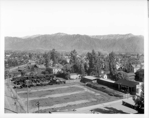 Historical view of Pasadena, seen from the chamber of commerce