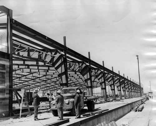 Construction of dock shed in Long Beach
