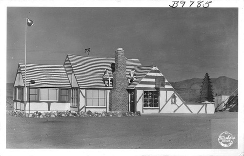 Calisphere: Home of Santa Clause, Christmas Tree Inn, Kingman, Arizona