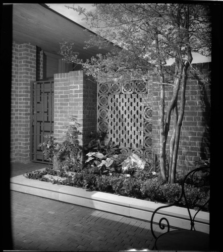Jones, Fred, residence. Garden and Landscaping
