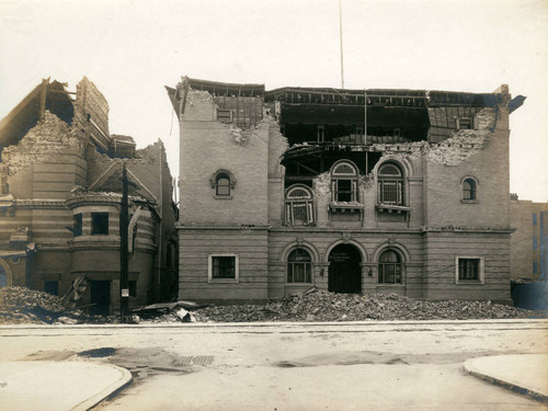 Albert Pike Memorial Chapel and Synagogue, San Francisco Earthquake and Fire, 1906 [photograph]