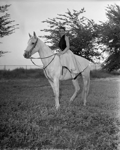 Woman on horse, Los Angeles