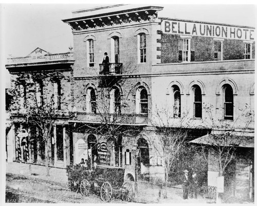 Bella Union Hotel and Bank of Los Angeles (now Farmers and Merchants) approximately 1871