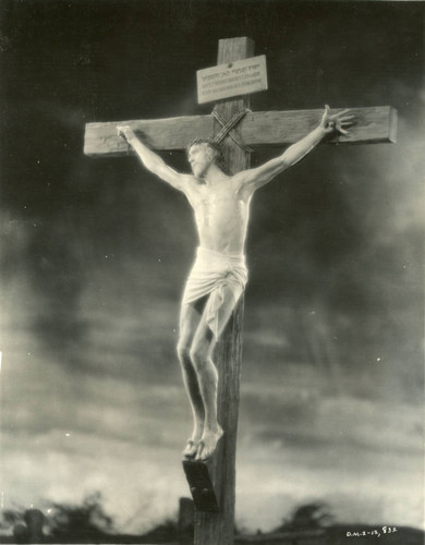 "H. B. Warner as Christ on the cross in ""The King of Kings"" (1927)"