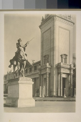 "[H313? ""The Pioneer"" (Solon Borglum, sculptor), before Italian Tower and Court of Flowers (George W. Kelham, architect).]"
