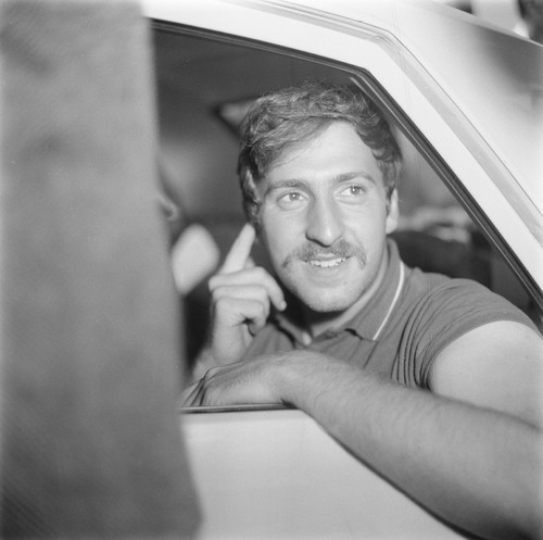 Jack Weinberg in police car under arrest