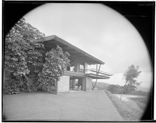 Pace Setter House of 1958 [Liljestrand residence]. Exterior and Outdoor living space