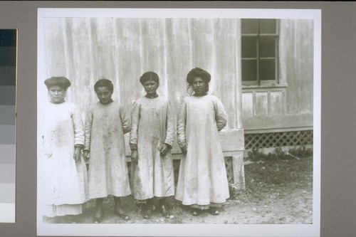 4 school girls: Florence Safford (89), Sara Bennett (88), Ollis Orcutt, Sophie Campbell (50)--Number: iv 1--Date: 1907
