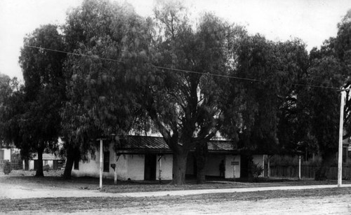 Los Angeles adobe, Main and Carr streets