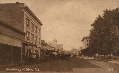Looking down Broadway, Chico, California