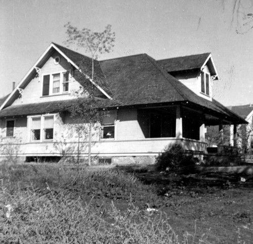 Early house in Burbank