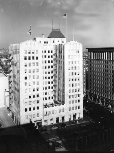 Equitable Building & surrounding area, view 1