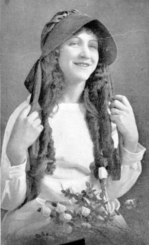 Calisphere: Helen Hauser, Raisin Queen, 1921, Fresno, Calif