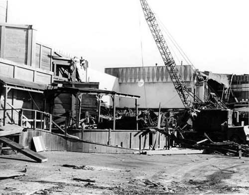 [Demolition of Playland at the Beach - Mad Mine]