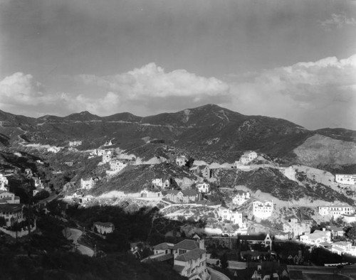 View of Hollywoodland hills