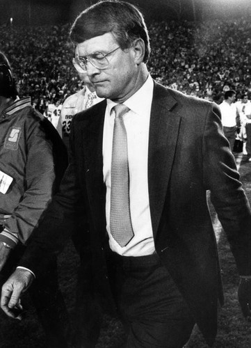 Denver Coach Dan Reeves