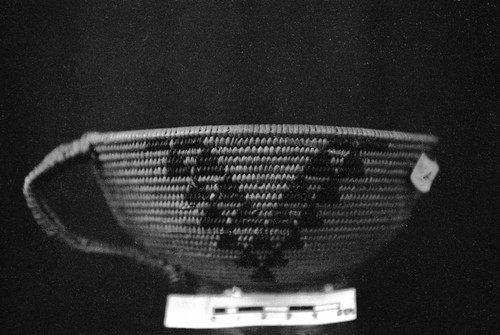 Brier Root Basket with Handle (Triangle shape designs forming a v pattern)