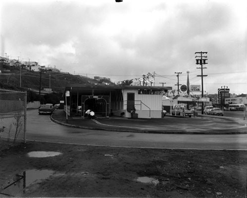 [South of 500 Bayshore Boulevard, Bayshore Car Wash]